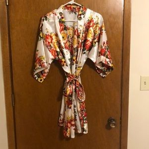 Women's floral bridal robe